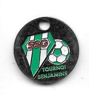 Jeton De Caddie  Sport  Foot - Ball   S.S.G  TOURNOI  BENJAMINS  Verso  1 € - Einkaufswagen-Chips (EKW)