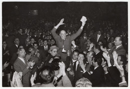 Humberto Delgado * Entrada No Coliseu No Porto Em 14 Maio 1958 * Fotografia Original - Personalidades Famosas