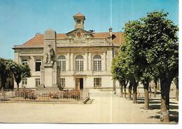 55 - VIGNEULLES LES HATTONCHATEL  - La Mairie Et Le Monument Aux Morts - Vigneulles Les Hattonchatel