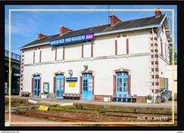 44  REZE  Les  NANTES  ....  La  Gare Interieure - Andere Gemeenten