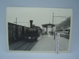 P.O.C  Locomotive à Vapeur 101 à Quai En Gare D'Uzerche - Treni