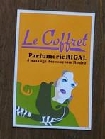 AUTOCOLLANT  STICKER - LE COFFRET - PARFUMERIE RIGAL 4 PASSAGE DES MAÇONS 12000 RODEZ -AVEYRON - Pegatinas