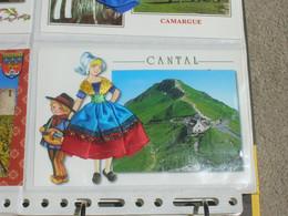 Carte Fantaisie Brodee 10x15 Fils De Soie Et Tissus TBE Le Cantal - Borduurwerk