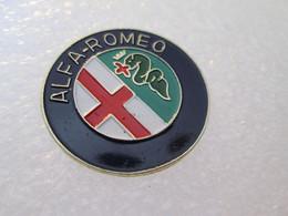 PIN'S    LOGO   ALFA ROMEO   Yoshinori Ø 26mm - Alfa Romeo