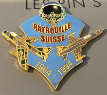 AVION - PLANE - PATROUILLE SUISSE 1964 / 1994 - CASQUE - FLUGZEUG - AEREO - SCHWEIZ-SVIZZERA-EGF- SWISS ARMY -N°114-(26) - Aerei
