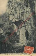 38.  BOURG D'OISANS .  La Porte Et La Voie Romaine De Bons . - Bourg-d'Oisans