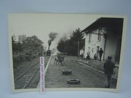P.O.C Gare Le Lonzac Arrivée D'une Locomotive à Vapeur - Treni