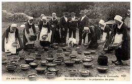 EN BRETAGNE - Une Noce De 1500 Personnes Ay Pays De Cornouaille - Un Coin Des Cuisines - Bretagne