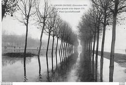 Angers. La Place Larochefoucault Inondée En Décembre 1910. - Angers
