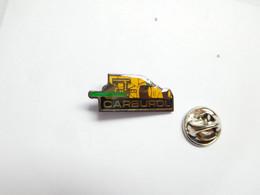 Beau Pin's Pins , Gaz Carburant Essence , Oil , Huile , Carburol Lubrifiants , Auto F1 - Carburanti
