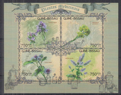S10. Guinea Bissau MNH 2012 Flora - Medical Plants - Heilpflanzen