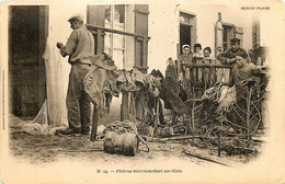 France - 62 - Berck-Plage - Pêcheur Raccommodant Ses Filets - Berck