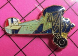 1920 Pin's Pins / Beau Et Rare / THEME : AVIATION / AVION BIPLAN USA ANNEES 30 BOEING F4B-1 - Aerei