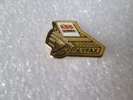 PIN'S    AEG   OLYMPIA   OLYFAX - Informatica