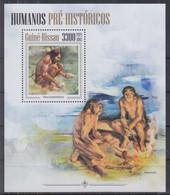 T10. Guinea Bissau MNH 2013 Prehistoric Humans - Archéologie