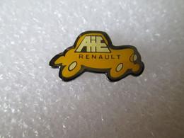 PIN'S       RENAULT   A I E - Renault