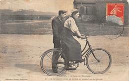 ¤¤  -  PAIMPOL  -  La Leçon De Bicyclette   -  Vélo     -  ¤¤ - Paimpol