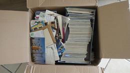 V000 Carton De 20 Kgs De Cartes Postales De Différents Pays. PORT 32.20 EUROS OFFERT POUR LA FRANCE - 500 Karten Min.
