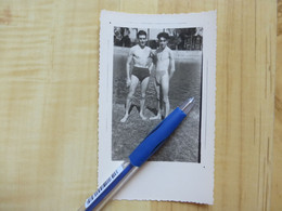 HOMME EN MAILLOT DE BAIN 1953 - PHOTOGRAPHIE - PERSONNES ANONYMES - PERSONNE - Personas Anónimos