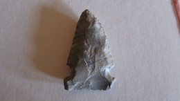 Original Native American Arrowhead  Circa 1000-1800 AD - Archéologie