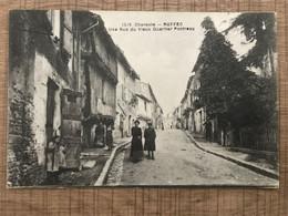 RUFFEC Une Rue Du Vieux Quartier Pontreau - Ruffec