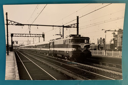 Train SNCF Capitole Paris Toulouse- Photo Locomotive BB 9200 - 1969 - France Seine 75 Massena Gare Rapide Chemin Fer SO - Trains