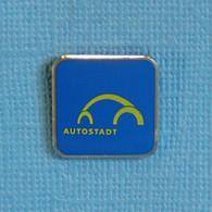 1 PIN'S //  ** AUTOSTADT / PARC DE LOISIRS AXÉ SUR L'AUTO À CÔTÉ DE L'USINE VOLKSWAGEN / ALLEMAGNE ** - Volkswagen