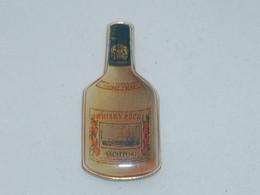 Pin's BOUTEILLE DE WHISKY PECHE - Bevande