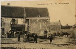 LE PLESSIS-PLACY—Rue De Trelong - Andere Gemeenten