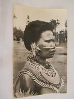 CPA - Océanie - Papouasie Nouvelle Guinée - Jeune Femme Ornée (Mékéo) - 1950 - SUP  (FC 83) - Papua Nuova Guinea