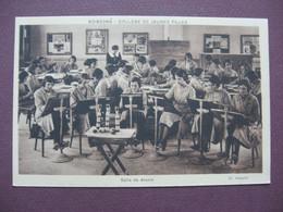 CPA 02 SOISSONS COLLEGE DE JEUNES FILLES Salle De Dessin RARE & TOP ANIMEE - Soissons