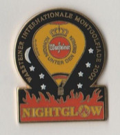 Pin's Montgolfière WARSTEINER  NIGHTGLOW 2002. - Mongolfiere