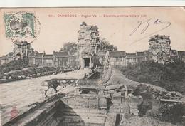 ***  CAMBODGE ***   ANGKOR-VAT Enceinte Extérieure Côté Est -TTB - Cambodja