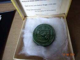1972 Aandenken Heilige Bloedprocessie - Zegelafgietsel Nr 34292 - Brugs Stadswapenschild Oud Bisdom Brugge 1559-1802 - Souvenirs