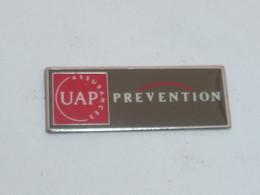 Pin's UAP ASSURANCES, PREVENTION - Banche