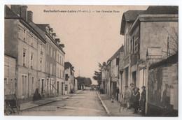 ROCHEFORT SUR LOIRE (49) : LES GRANDES RUES - VILLAGEOIS DANS LA RUE -zz 2 SCANS Zz - Andere Gemeenten