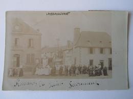 Lagraulière, Corrèze, Procession Du Saint Sacrement, Carte Photo - Otros Municipios