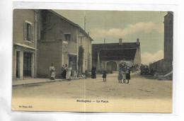 70 - MONTAGNEY  La Place. Carte Toilée. Personnages - Otros Municipios