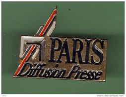 PARIS DIFFUSION PRESSE *** 2112 - Mass Media