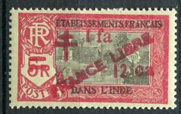 INDE ( POSTE ) : Y&T  N°  213  TIMBRE  NEUF  AVEC  TRACE  DE  CHARNIERE . A  SAISIR . - Nuevos