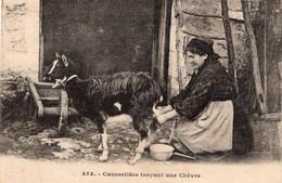 S5441 Cpa 46 Caussetière Trayant Une Chèvre - Unclassified