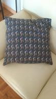 Housse De Coussin 50x50 La Fille A La Perle - Rugs, Carpets & Tapestry