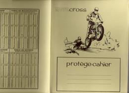 Protege-Cahier Moto-Cross Avec Table De Calcul Et Mesure Des Liquides - Omslagen Van Boeken