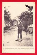 E-Congo-12P61 Type Bacouli, Femme Revenant Des Plantations, Femme Seins Nus, Cpa - Congo Francés - Otros