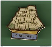 VOILIER *** LA ROCHELLE *** 2113 - Barche