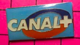 521 Pin's Pins / Beau Et Rare / THEME : MEDIAS / CHAINE DE TELE D'EXTREME DROITE CANAL + Par ARTHUS BERTRAND - Mass Media