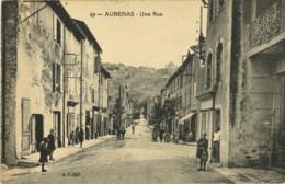 07*Ardèche* - Aubenas - Une Rue (animée) - Rare - Aubenas