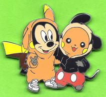 Pin's BD Mickey & Pikachu Costumés Pour L'Halloween - 1A30 - Fumetti