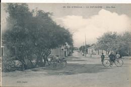 Ile D'Oléron La Cotinière (17 Charente Maritime) Une Rue - Moto Au 1er Plan - édit Sagne N° 48 - Ile D'Oléron