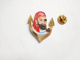 Superbe Pin's Pins En Relief , Marine , Ancre , Forban , Flibustier , Pirate , Loup De Mer , Corsaire , Boucanier - Barche